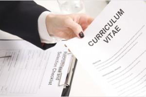 Currículums i entrevistes canvien amb la crisi