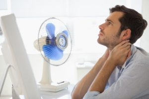 10 tips to withstand the hot in the office